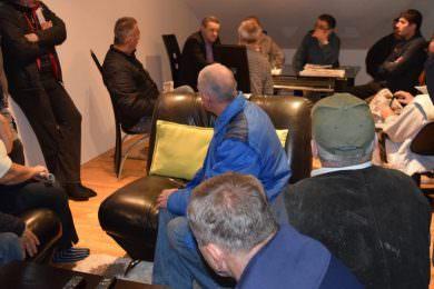 Народни посланик Миодраг Линта одржао два састанка са становницима насеља Пашњак и Бријег  у мјеснoj заједници Ветерник у Новом Саду