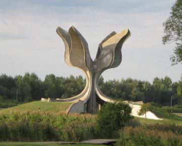 Spomenik_-logor_Jasenovac