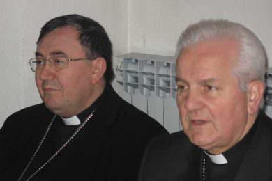 Линта осудио кардинала Винка Пуљића због подршке бањалучком бискупу Фрањи Комарици који је упоредио Бањалуку с Блајбургом