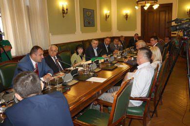 Иван Костић изабран за предсједника а Миодраг Линта за замјеника предсједника Одбора за дијаспору и Србе у региону