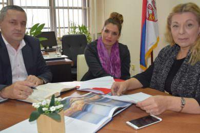 Одржан састанак у Министарству на тему рјешавања проблема 530 породица, корисника СИРП програма