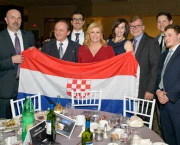 f-kolinda-i-ustaska-zastava1