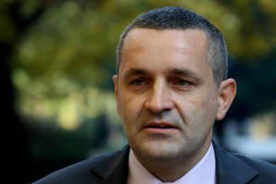 Линта: Власт у Хрватској наставља политику отимања имовине српских фирми, банака и институција