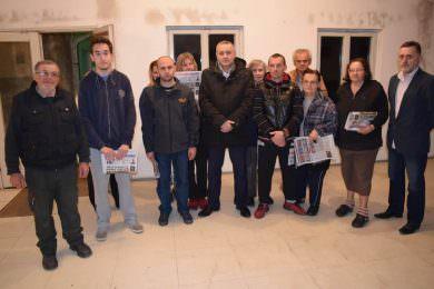 У Шапцу одржaн састанак у вези рјешавања стамбеног проблема 11 избјегличких породицa