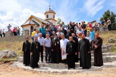 Епископ Атанасије осветио Храм у селу јањском Попуже (општина Шипово)