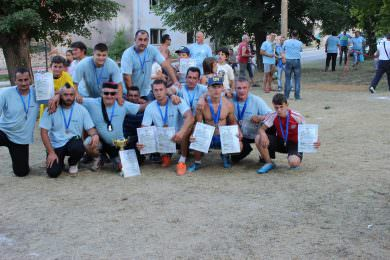"""У организацији Савеза удружења Личана и КСИОЦ """"Тесла"""" у Србу је 29. јула одржан 9. Лички вишебој"""