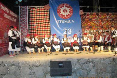 У Стрмици код Книна одржан 23. Сабор народног стваралаштва и очувања културне традиције ојкања и фолклорних игара