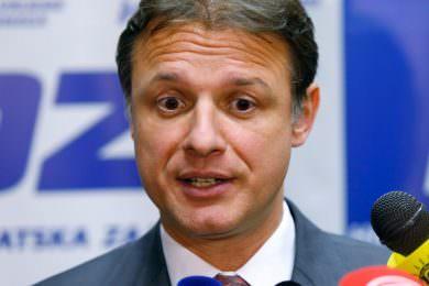 """Линта: Скандалозна изјава Јандроковића да злочиначки поздрав за """"За дом спремни"""" није био само усташки"""