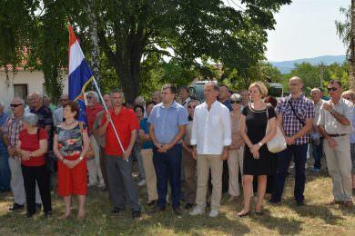 Oдржана комеморација за 1.368 српских жртава у селу Слобоштина, код Пожеге