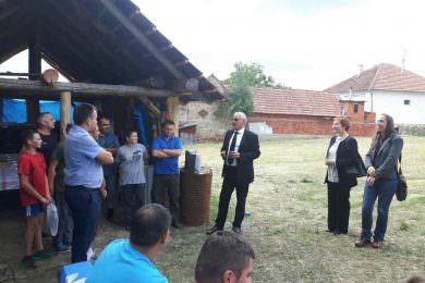 Посјета представника Генералног конзулата Србије у Вуковару српском селу Крагуј, код Пакраца