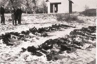 У  цркви Светог Николаја у Борчи служен је парастос за 158 убијених Срба са подручја општине Госпић од августа до децембра 1991. године