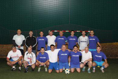 Фудбалски клуб Грачац обиљежио је 91. годину оснивања утакмицом ветерана и организацијом бијело-плаве ноћи