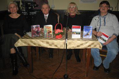 """У Београду одржана промоција нове збирке поезије Милке Ј. Шолаје """"Између јаве и сна"""""""