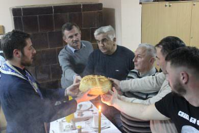 Удружење Крајишника западно од Дрине и Дунава, општински одбор Пећинци, прославило крсну славу Часне вериге Апостола Петра