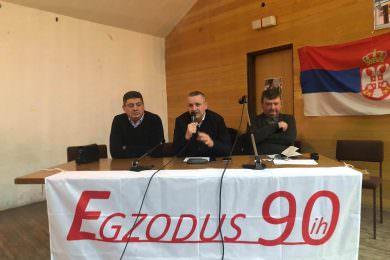 """У МЗ """"Жaрково"""" oдржана трибина на тему рјешавања проблема избјеглих лица из Хрватске и Федерације БиХ"""