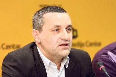 """Линта апелује на Европску комисију да Владa Хрватске да забрани усташки поздрав """"За дом спремни"""""""