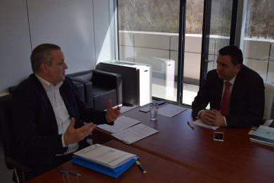 Линта одржао састанак са директором ЈУП-а да убрза додјела грађевинског материјала, монтажних кућа, сеоских имања и изградња станова