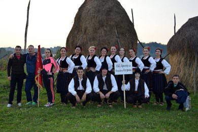 Српско село Острово поред Винковаца чува традицију и обичаје