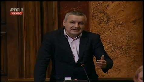 Линта у Скупштини тражи да се избјеглички статус призна за неколико хиљада протјераних Срба