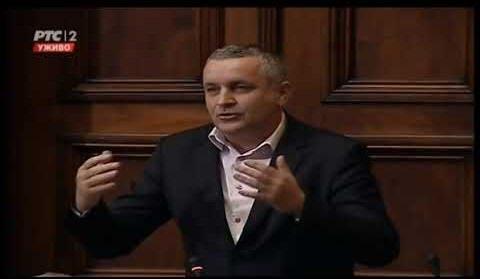 Линта у Скупштини Србије говорио о потреби већег запошљавања избјеглих и расељених лица