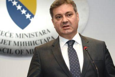 Линта: Бошњачки политичари руше дејтонску БиХ због тежње да униште Републику Српску и створе унитарну БиХ, а не руши је Милорад Додик