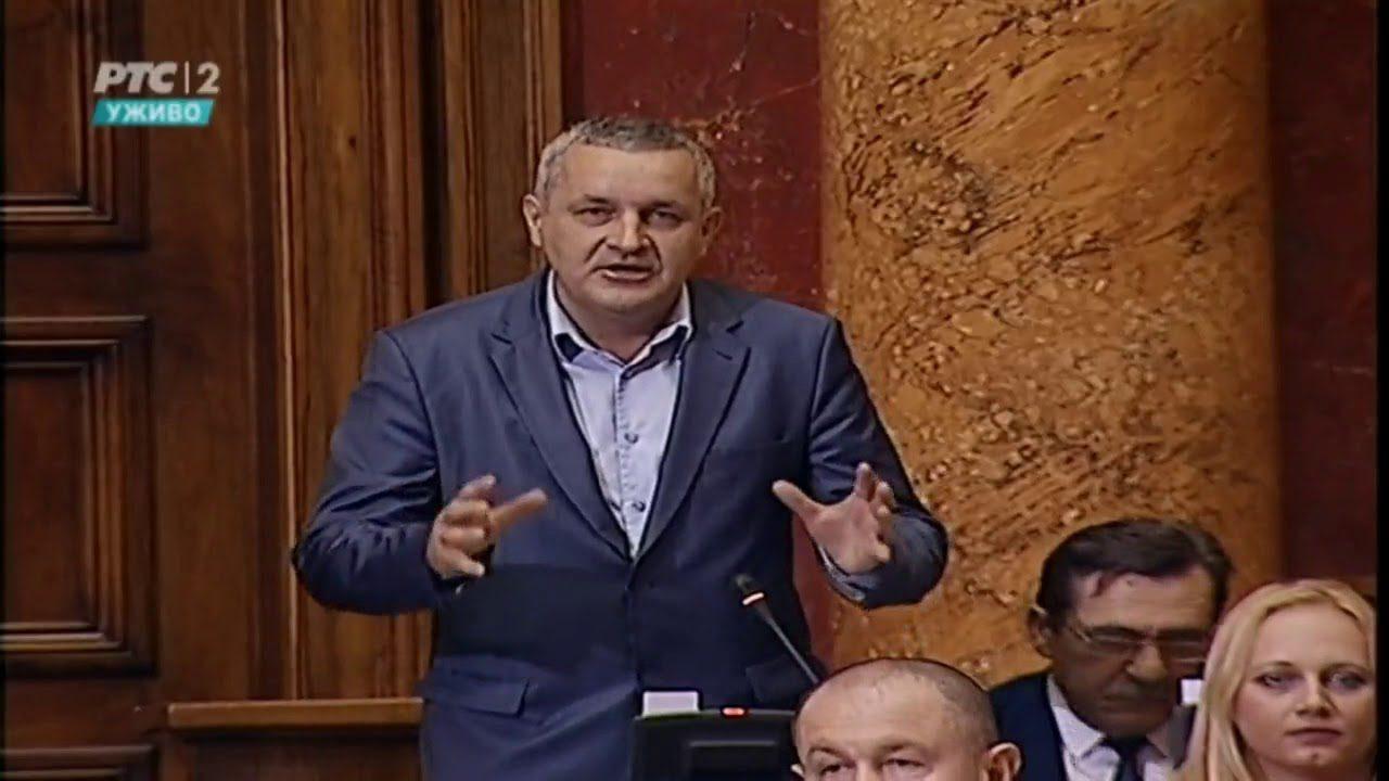 Линта у Скупштини други пут говорио о приједлогу закона о ратним меморијалима