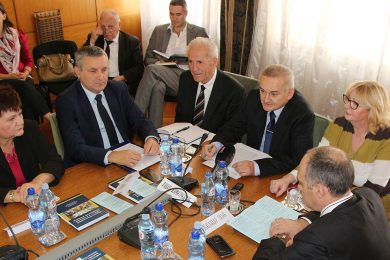 Линта: Србија да указује да Хрватска није исплатила заостале пензије и да не поштује Споразум о сукцесији