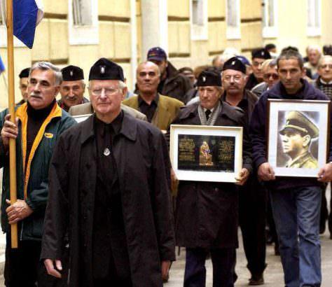 F - Ustase okupirale spomenik u Srbu