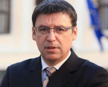 F - Zeljko Jovanovic