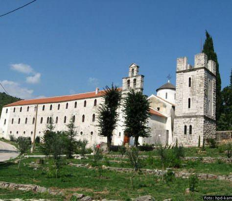 700 godina od osnivanja manastira Krupe
