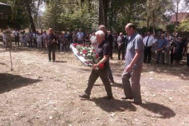 Посјета представника завичајних удружења Меморијалном гробљу Шушњар и Грмечу
