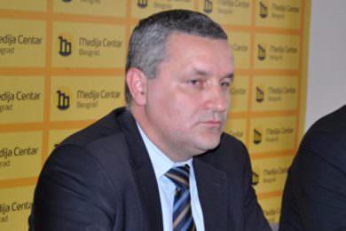 Линта разочаран збоg тога што је Управа за управне послове МУП-а одбила да подржи његов амандман да се ријеши проблем више од 5000 Срба поријеклом из Хрватске
