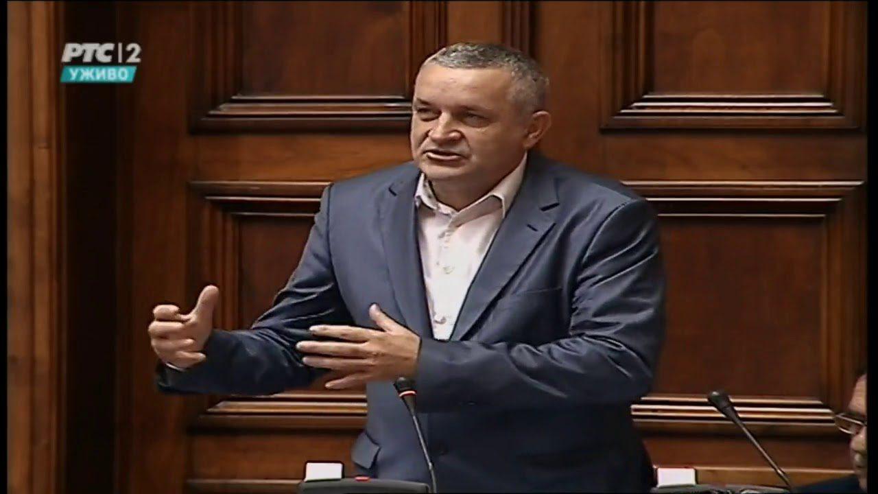Линта у Скупштини говорио шести пут да Влада Србије обезбеди право откупа станова