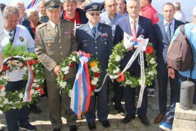 Линта положио вијенац на Кајмакчалану за погинуле српске војнике