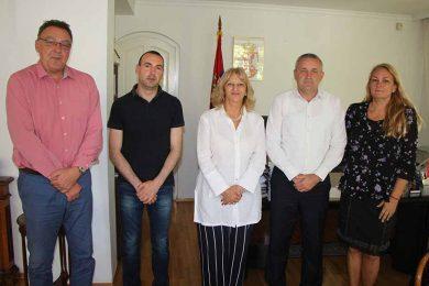 Линта у посјети амбасади Србије у Скопљу – разговарао о положају Срба у Македонији