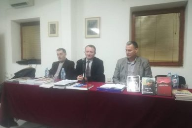 """""""Црвена Гора је роман истине о српском страдању у Црној Гори 1941-1945. године"""""""